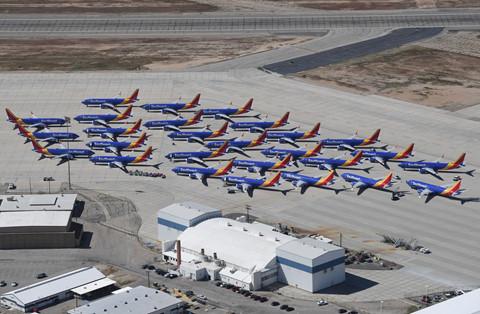 Hinh anh Boeing 737 Max chat dong trong cac kho bai hinh anh 2