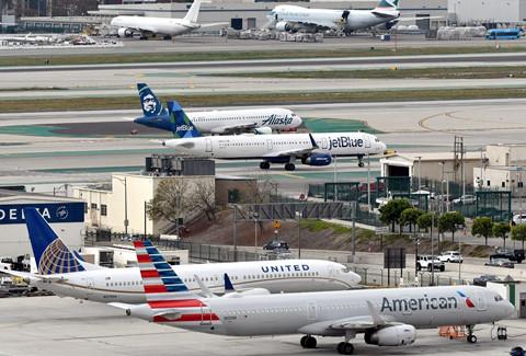 Hinh anh Boeing 737 Max chat dong trong cac kho bai hinh anh 3