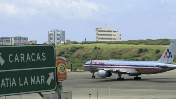 My cam phi cong va may bay di vao khong phan Venezuela hinh anh 1