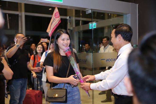 Cang Hang khong Quoc te Van Don khai truong duong bay den Tham Quyen hinh anh 2